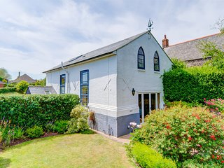 IC152 Cottage situated in Brighstone