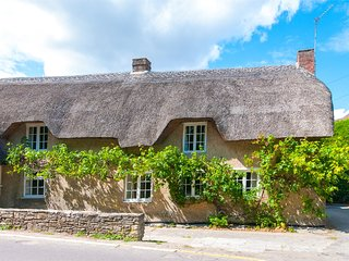 IC164 Cottage situated in Isle of Purbeck