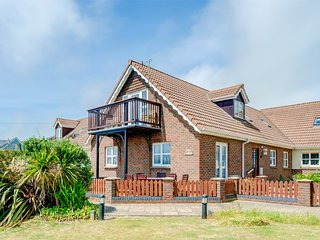 IC115 Cottage situated in Brighstone