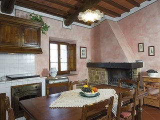 Agriturismo Il Sapito Vivaldi  apartment in Montaione with WiFi, private parking