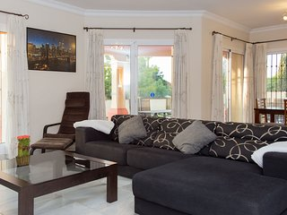 Villa Laura, Mijas Golf