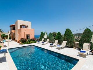 Villa Elmyra, comfort & style!