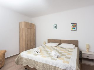 Apartment Family Tokić - One Bedroom Apartment with Terrace