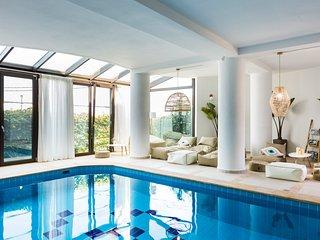 Odyssey, Luxury Home & Spa!