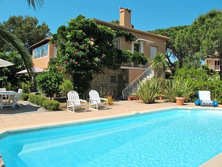 2 bedroom Villa in Villepey, Provence-Alpes-Côte d'Azur, France : ref 5435862