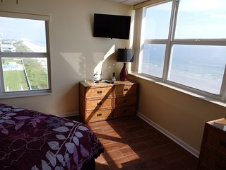 6th floor 2bd 2ba direct ocean/beachfront condo on no drive beach