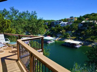 The Treehouse on Lake Travis, 112 Star Street Unit 7, Newly Modeled, Great View!