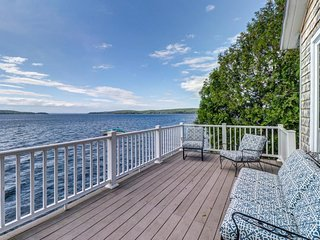 NEW LISTING! Bayfront home w/breathtaking views near town & outdoor attractions!