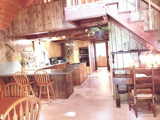 Sugar Shack Retreat on the Blue Ridge Parkway Fancy Gap, VA