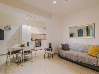 Valletta Spacious Duplex Apartment