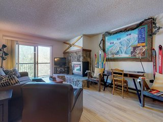 NEW LISTING! Lovely condo with slopeside views - shared hot tub, sauna & more!