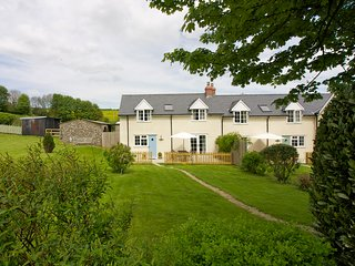 BLUEBELL COTTAGE,Pole Rue Farm, edge of pretty village of Combe St Nicholas,