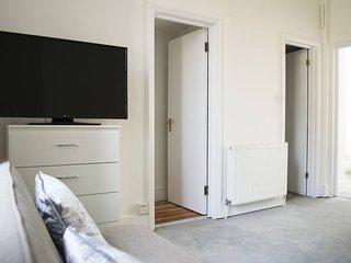 2BR Home by Trendy Shoreditch / Angel,  6 guests!