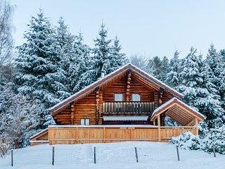 La fuste de Sertigoutte, chalet en rondins, kota-sauna et acces piscine pour 6