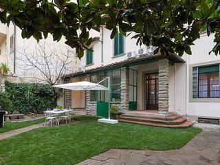 Spacious Exclusive & Luxury Villa apartment in Piazza della Libertá with WiFi, i
