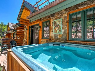 Ski in/ski out home on Lower Sundance, private hot tub - Mountaineer Manor