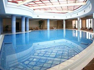 semi_villa share pool  Goldcity Alanya