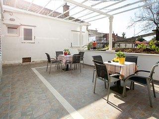 Guest House Kusalo- Studio Apartment with Patio (Studio 1)