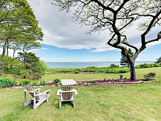 Cottage by the Sea in Woods Hole w/ Private Beach - Near Falmouth & Ferry