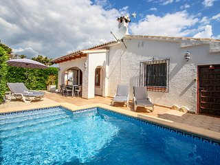Martha - holiday home with private swimming pool in Moraira