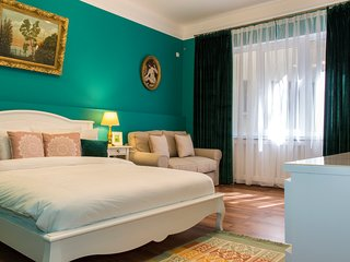 OLD TOWN CITY CENTRE BRIGHT DECO LUXURY FLAT
