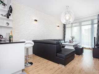 InPoint Shine Apartment
