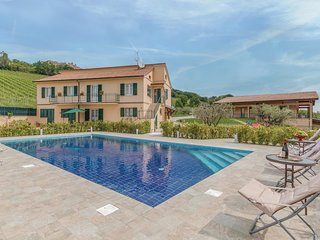 4 bedroom Villa in Montedinove, The Marches, Italy : ref 5550666