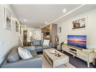 Contemporary living in the heart of chic St Kilda