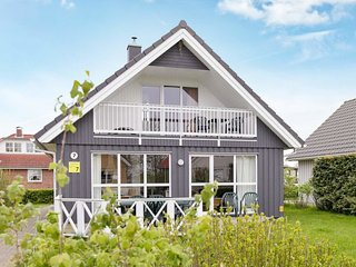 Wackerballig Holiday Home Sleeps 8 - 5082387
