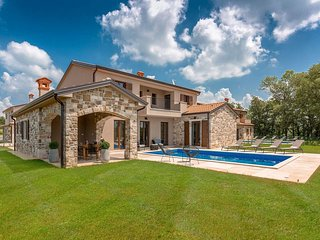4 bedroom Villa in Lakošelci, Istria, Croatia : ref 5634022