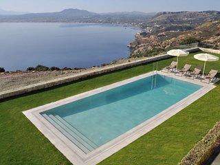 3 bedroom Villa in Thiseas, Crete, Greece : ref 5633967