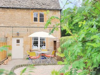 Gleed Cottage is a beautiful, traditional Cotswold stone property in Naunton