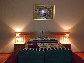 WOW house of friends magaliesburg Bedroom 2, aluguéis de temporada em Hekpoort