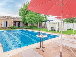 4 bedroom Villa in Palma del Río, Andalusia, Spain : ref 5566522