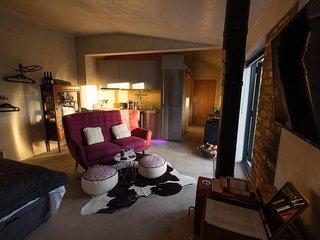 studio room with private bathroom & luxury fittings
