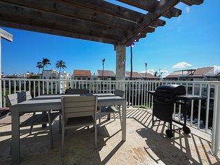 Luxury Penthouse, Playa Turquesa Ocean Club