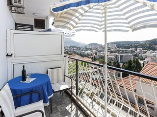 Lapad View Apartments - Double Room with Balcony and Sea View