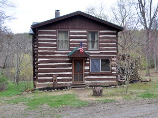 Pondview Cabin