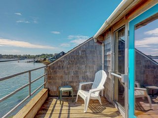 NEW LISTING! Bayfront condo w/bridge view, shared hot tub & pool - near beach