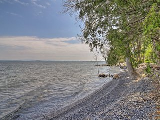 NEW! Studio on Lake Champlain with Private Beach!