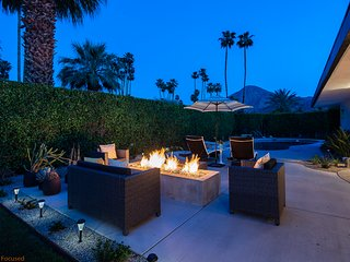 Your Own Private Indian Wells Oasis
