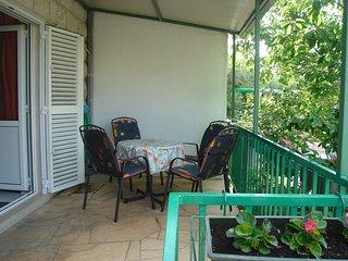Apartments Mara in a calm part of Supetar A2