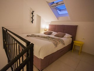 Apartments Villa Luka's - ''No.11'' Gallery Studio Apartment with Balcony and