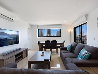 Brand New Luxury Apartment in Broadbeach Waters