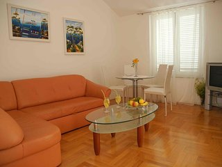 One bedroom apartment Jezera (Murter) (A-12728-a)