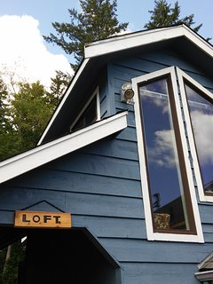 Ocean Blue Loft South Puget Sound Water Front Close to Hood Canal