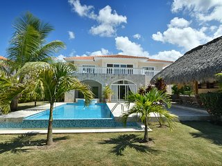 Punta Cana Bachelor Party 10.5 BR Villas Coco PRICE MATCH