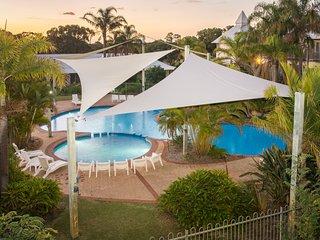 Apartment 23, Poolside Golf Resort – Bunbury, sleeps 4