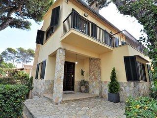 Chalet 9 pax Cala Estancia, Mallorca. 4 bedrooms Private pool. -00068- - Free Wi