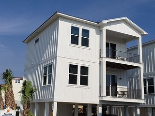 NEW LUXURY COTTAGE COMMUNITY IN GULF SHORES-Aqua Vacations